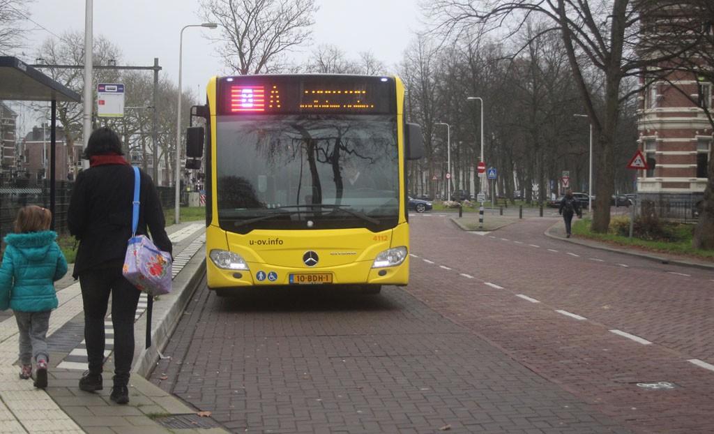 Er gaat elke 10 minuten wel een bus naar het centrum, ideaal.