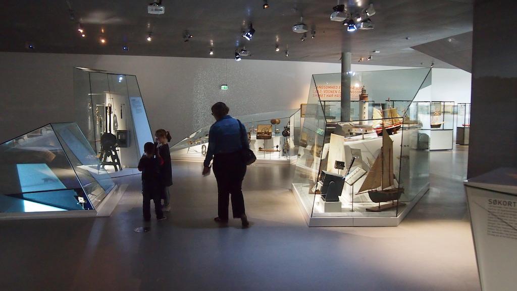 Omdat de ruimtes in het museum niet heel groot zijn, wordt je na elke hoek verrast door wat je ziet.