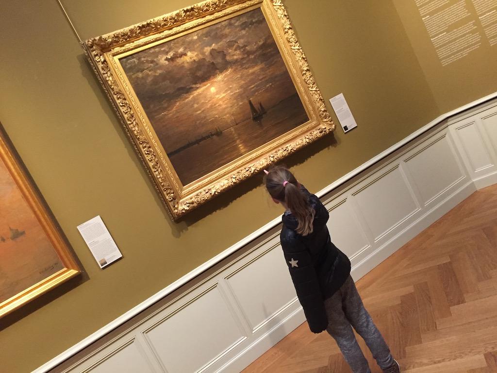 Maar de schilderijen vallen wel in de smaak.