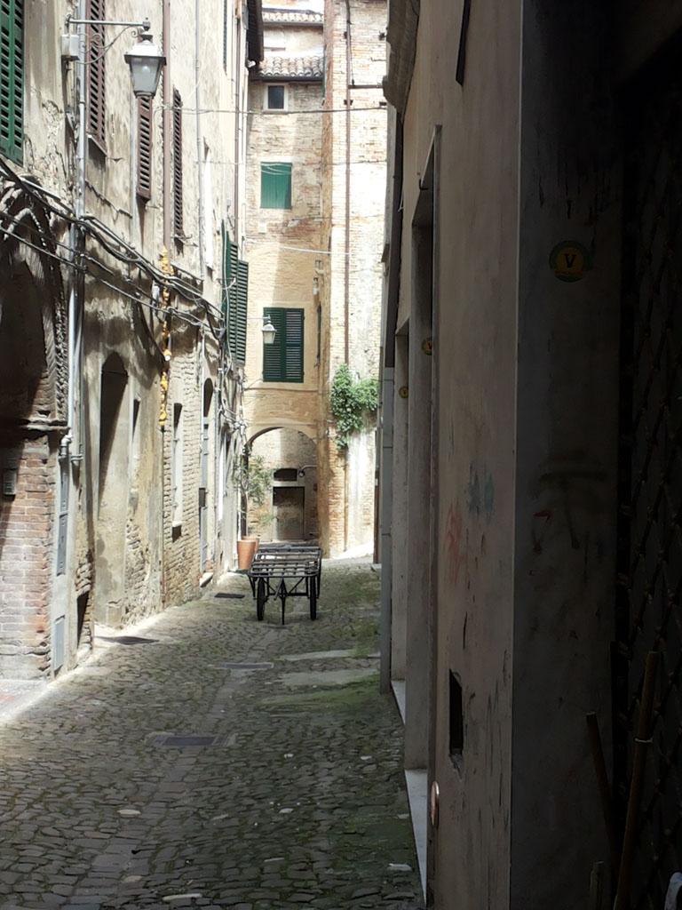 Een steegje in Esanatoglia.