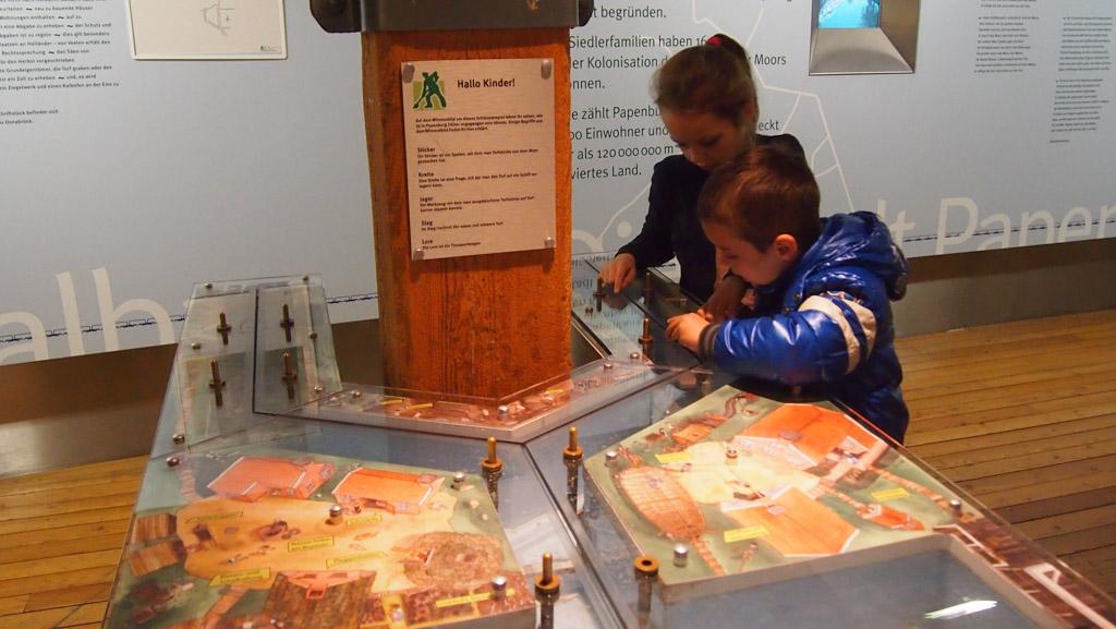 Op verschillende plekken kunnen kinderen spelenderwijs leren.