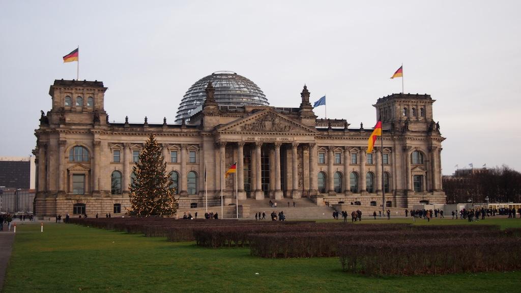 De Rijksdag met de glazenkoepel.