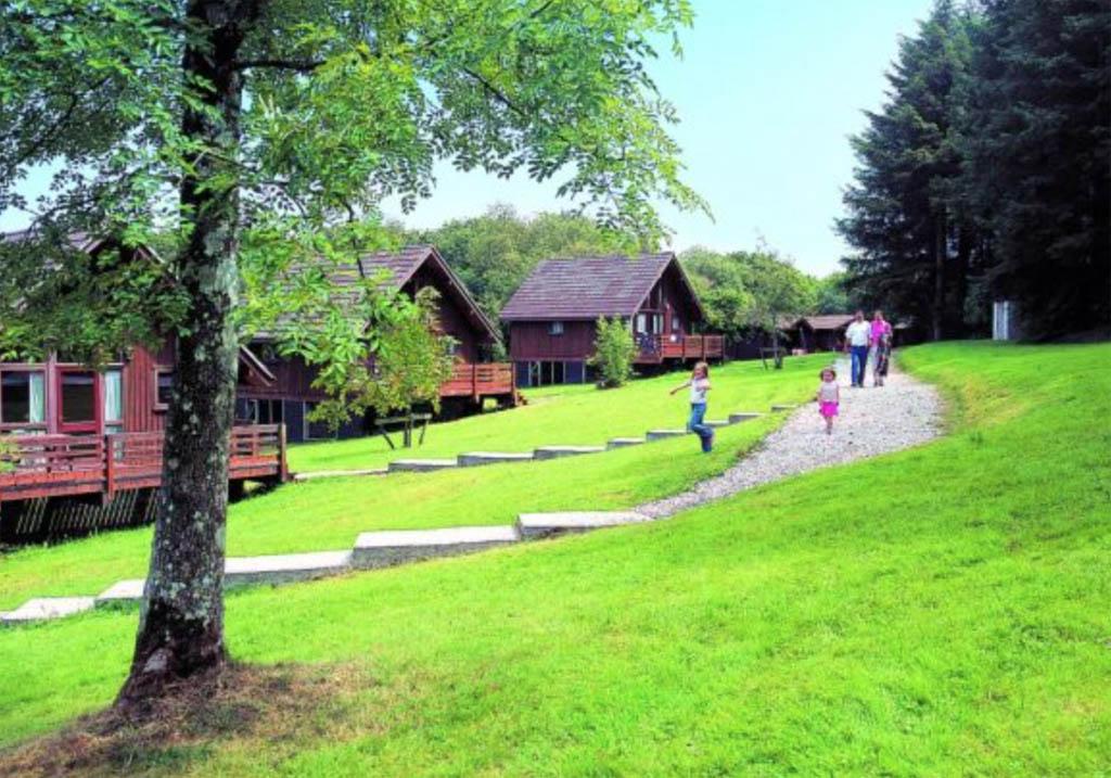 Eastcote Lodges.