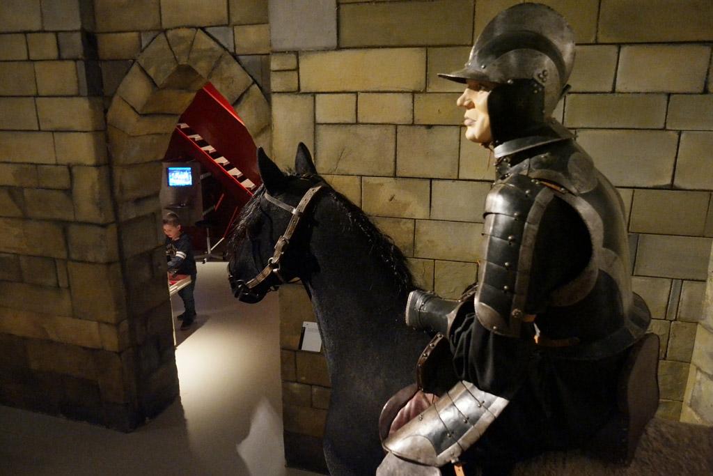 In de riddertijd waan je je in een echt kasteel.