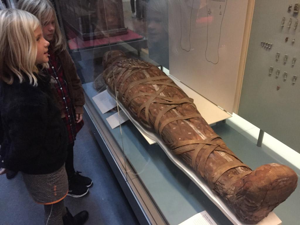 Een mummie in het British Museum.