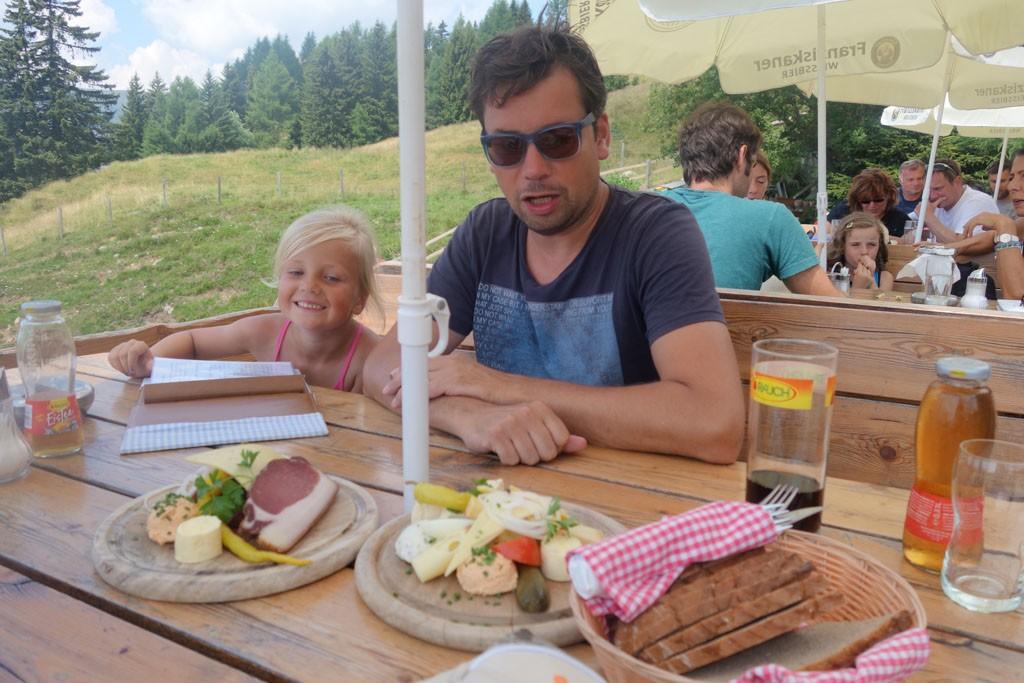 Lunch met lokale producten.