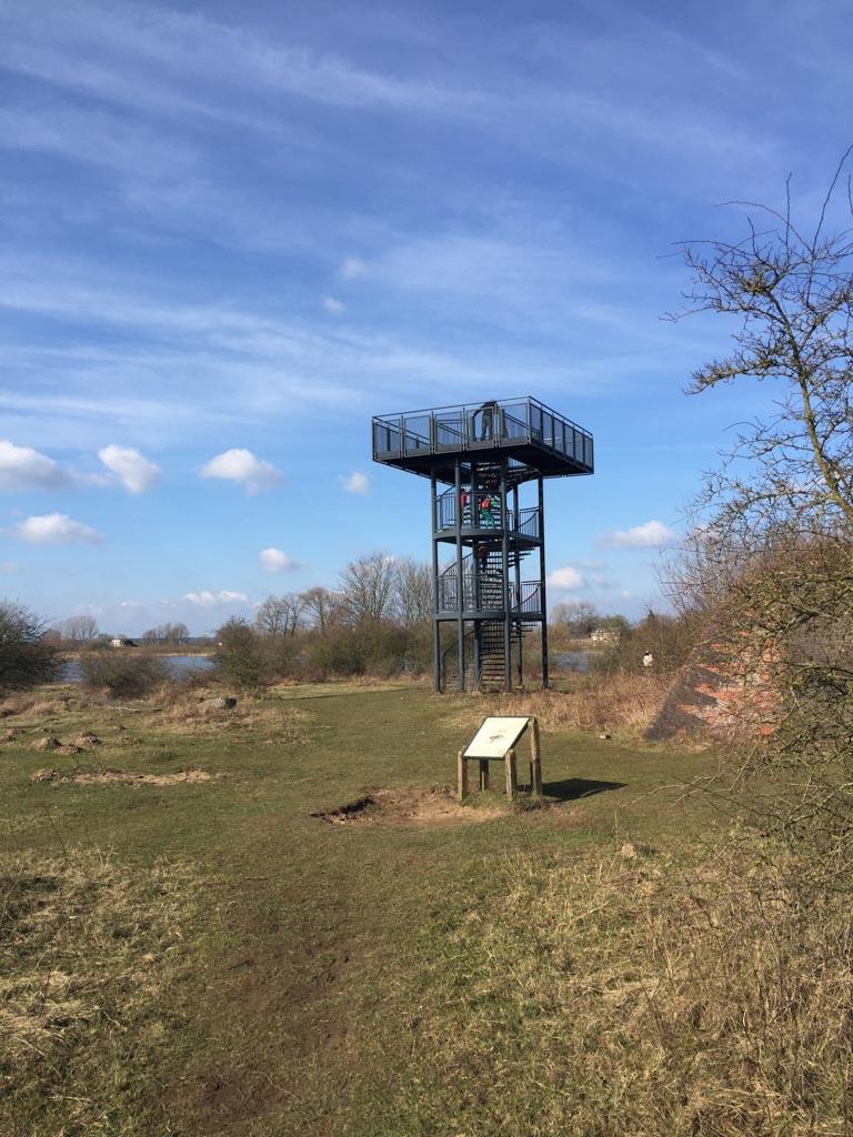 De uitkijktoren.