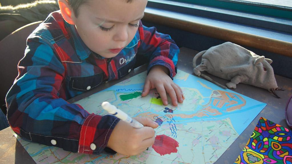Camiel werkt ondertussen aan de kaart van Rotterdam.