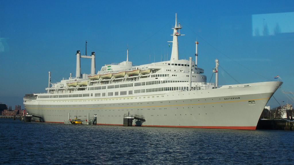 Het SS Rotterdam, een prachtige plek om te overnachten.