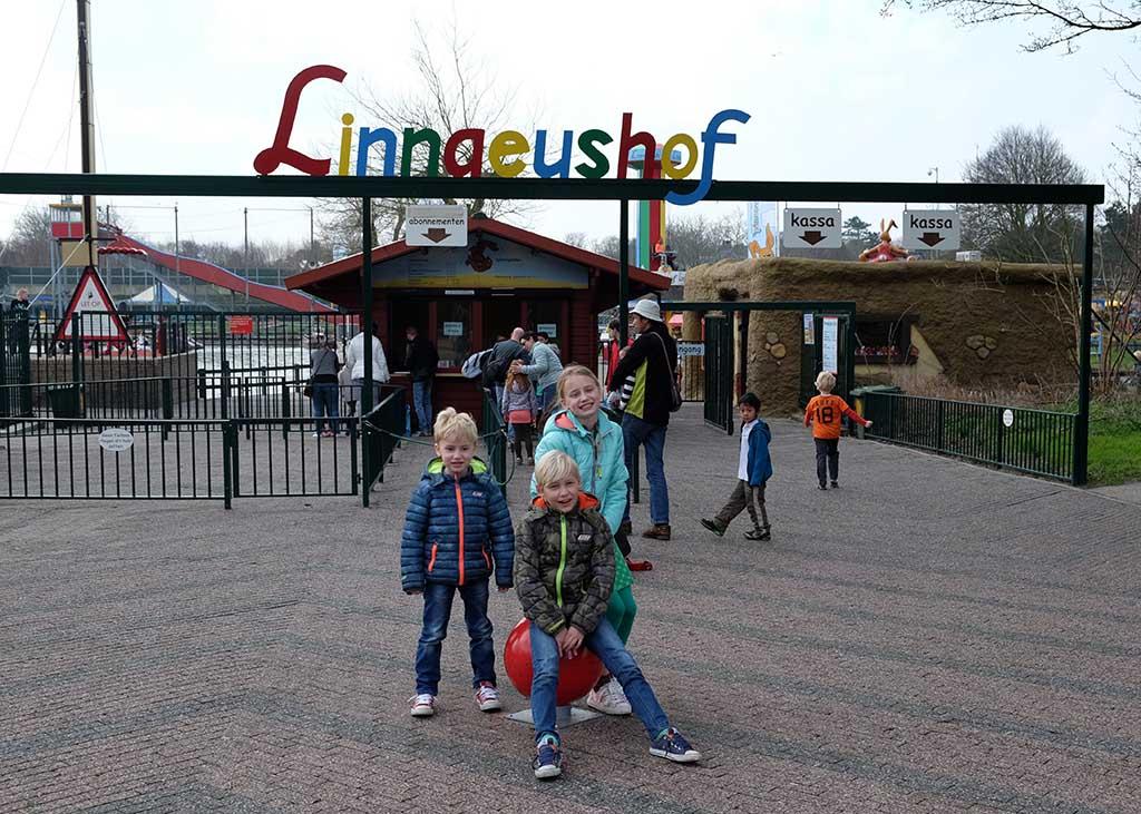 Klaar voor de start bij de ingang van Linnaeushof!