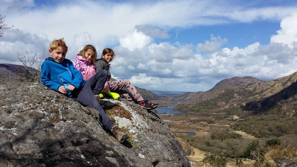 Prachtig uitzicht bij Ladies View, op de Ring of Kerry.