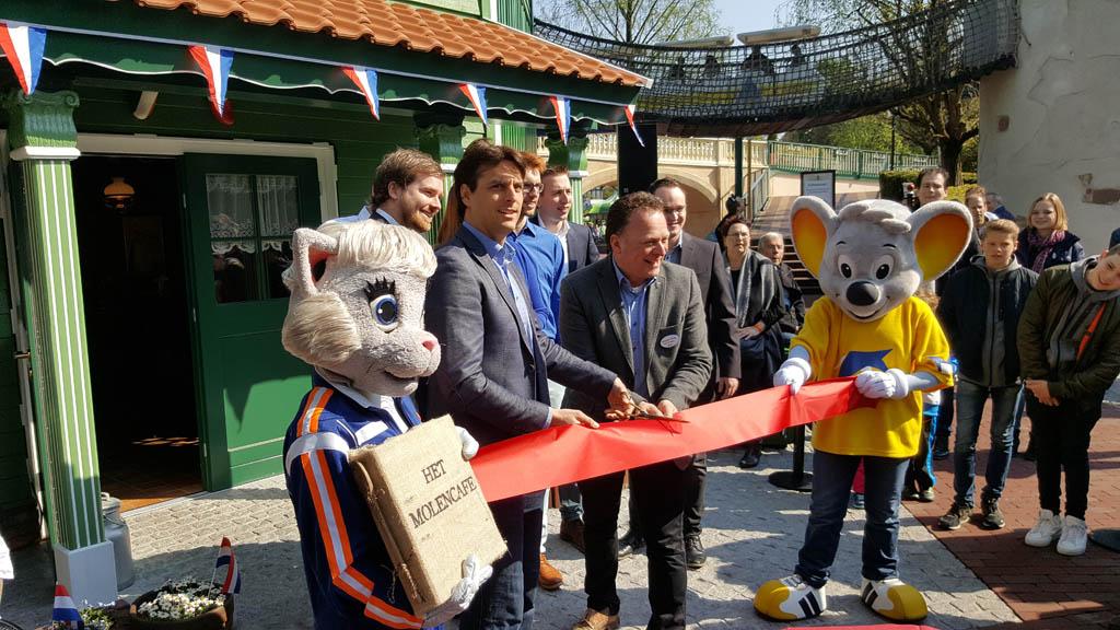 Sinds kort kan je ook Hollandse poffertjes eten in Europapark.
