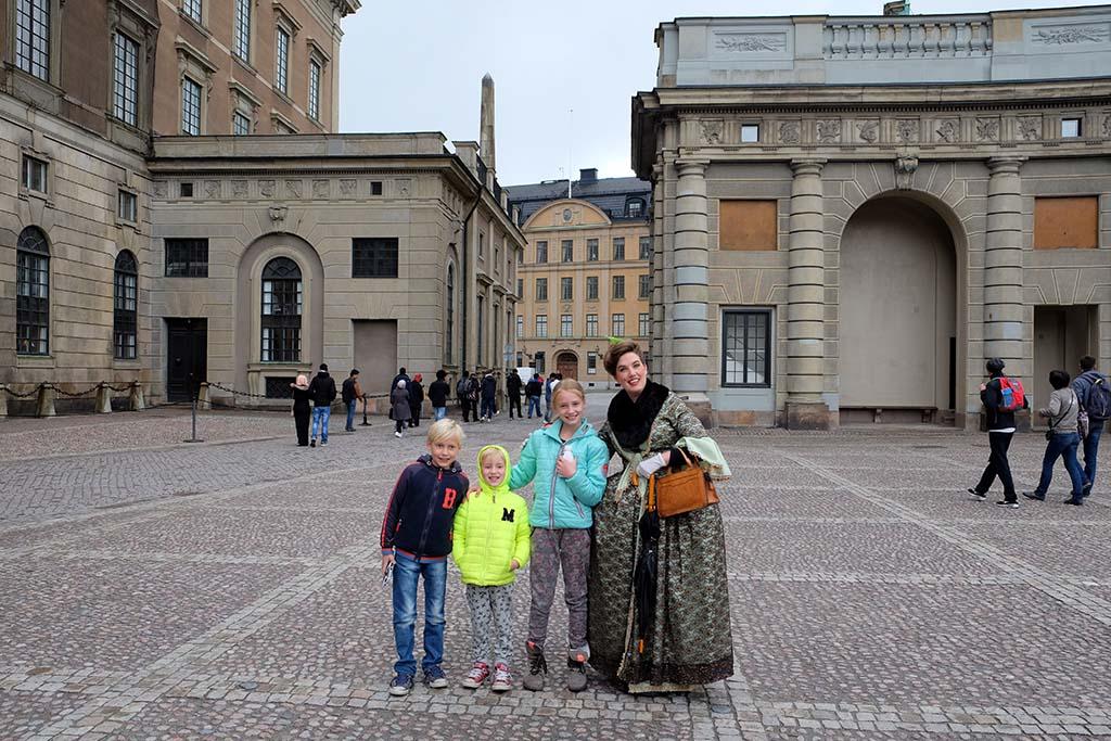 Met de barones op stap tijdens de family walk tour Stockholm.
