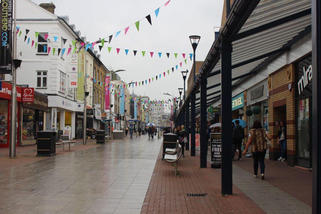 Shoppen kan goed in Southend on Sea.