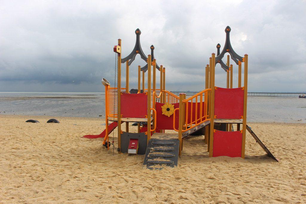 Spelen kan prima op het strand.