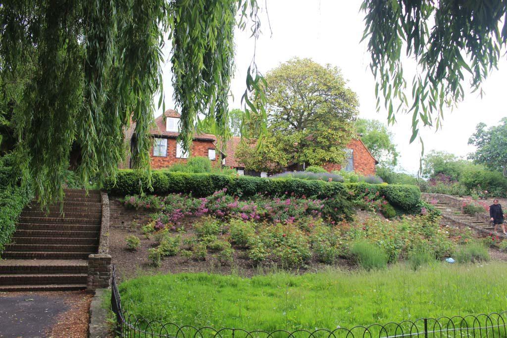 South church hall, een klein museum in een mooi groen park.