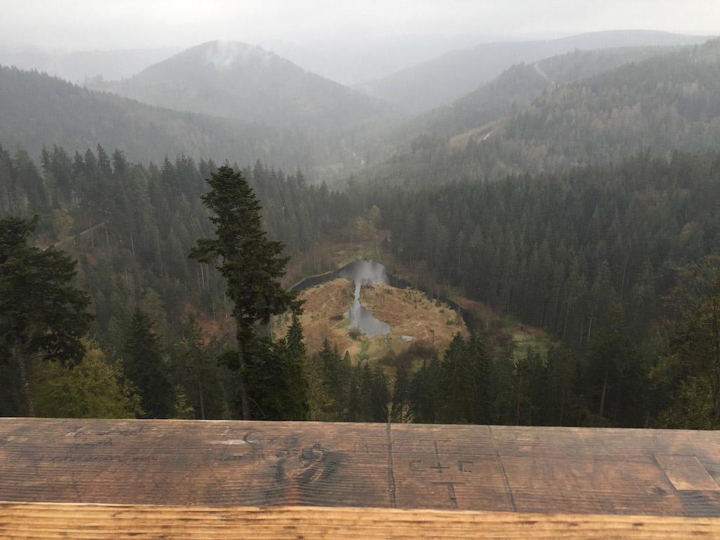 Ook op een grijze en natte middag is het uitzicht mooi.