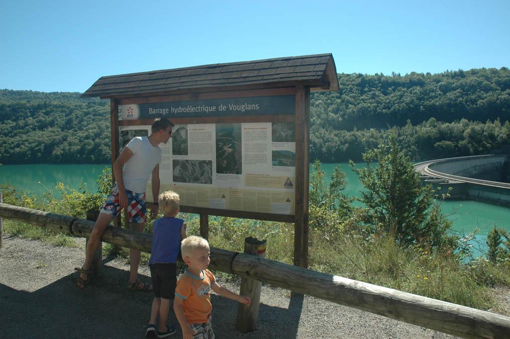 Meer informatie lezen over het stuwmeer.