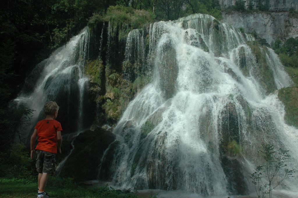 Wat een imposante waterval!