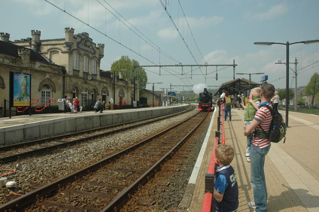 Op station Valkenburg voor de terugreis.
