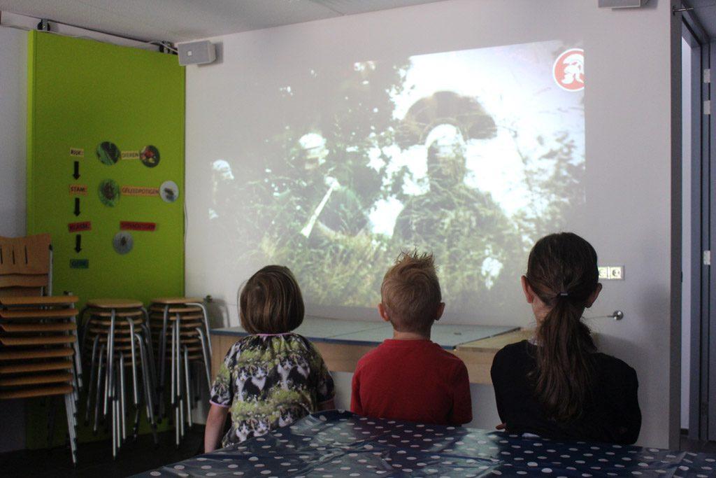In Museum het Pakhuis kijken we een film over de Romeinen.