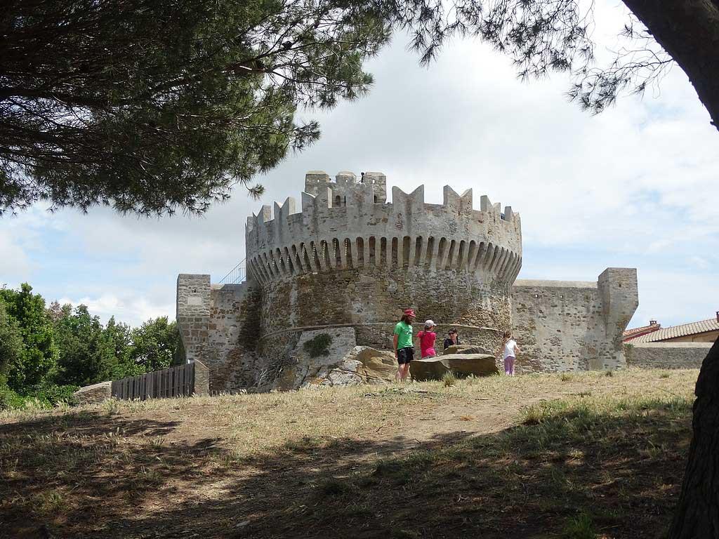 Het kasteel bij Populonia.