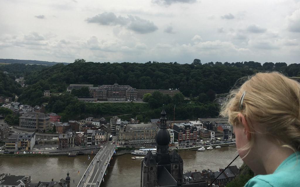 Zicht op Dinant vanaf de citadel.
