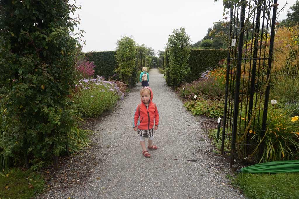 De botanische tuin is fraai aangelegd