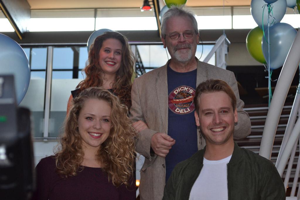 De cast van theatervoorstelling De Kabouter.