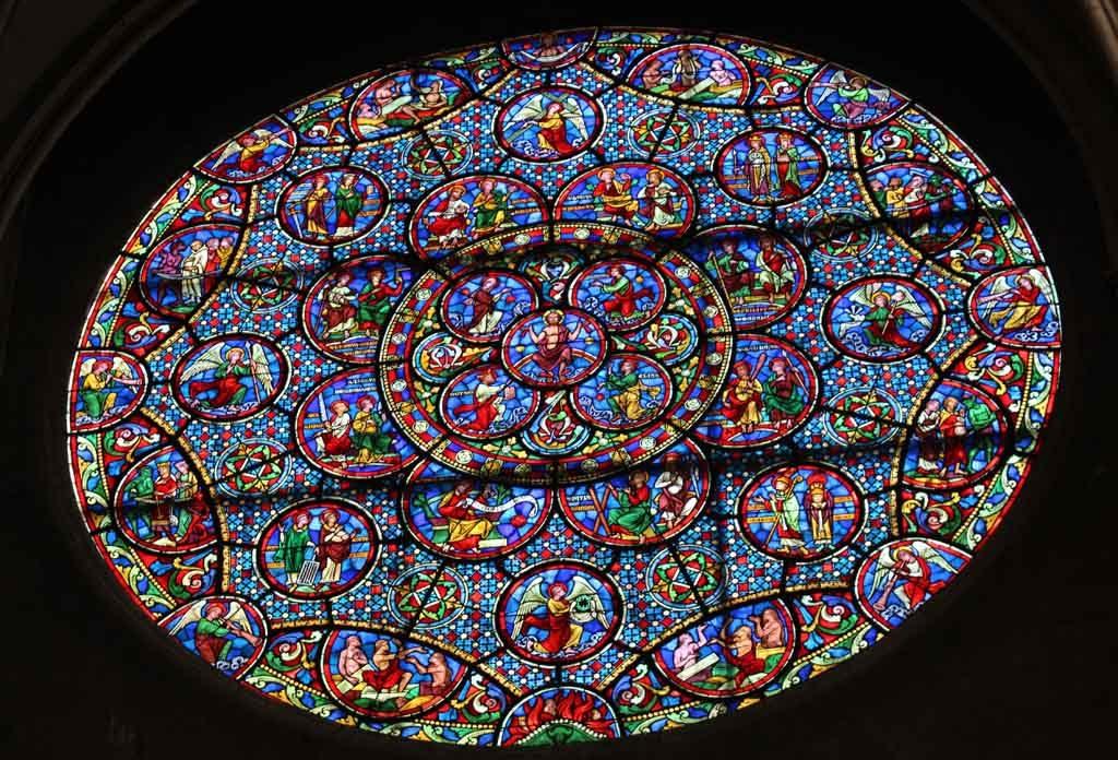 De Notre Dame is ook van binnen erg mooi.
