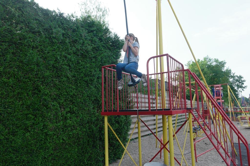 Een kabelbaan voor de grotere kinderen.