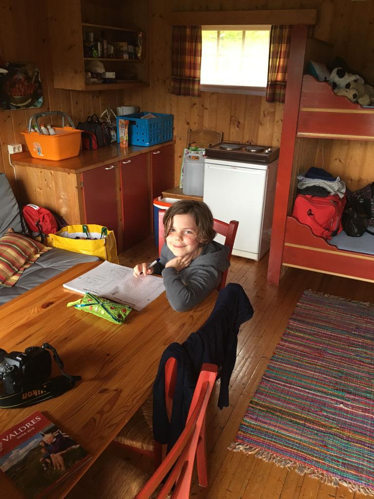Onze eerste hut in Leira.