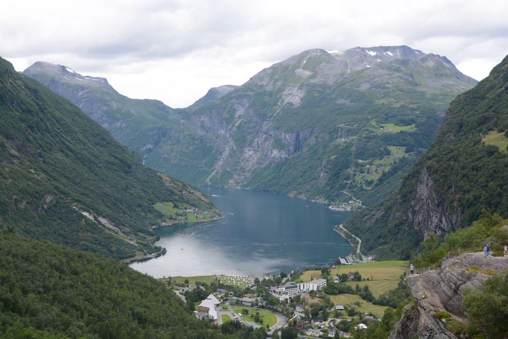Zicht op het Geirangerfjord.