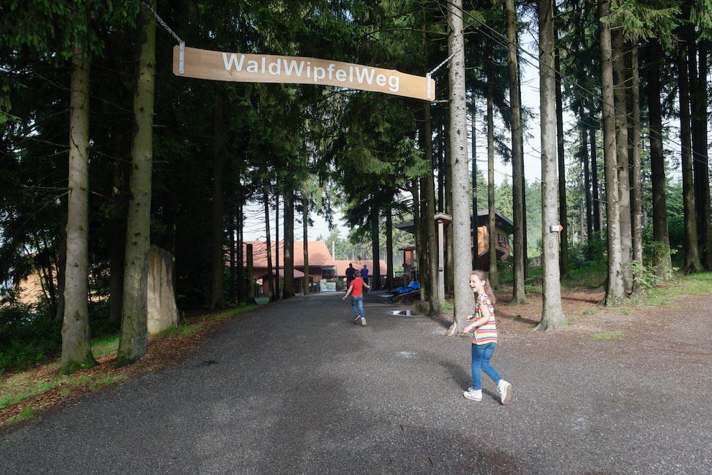 Nieuwsgierig naar Waldwipfelweg Sankt Englmar.
