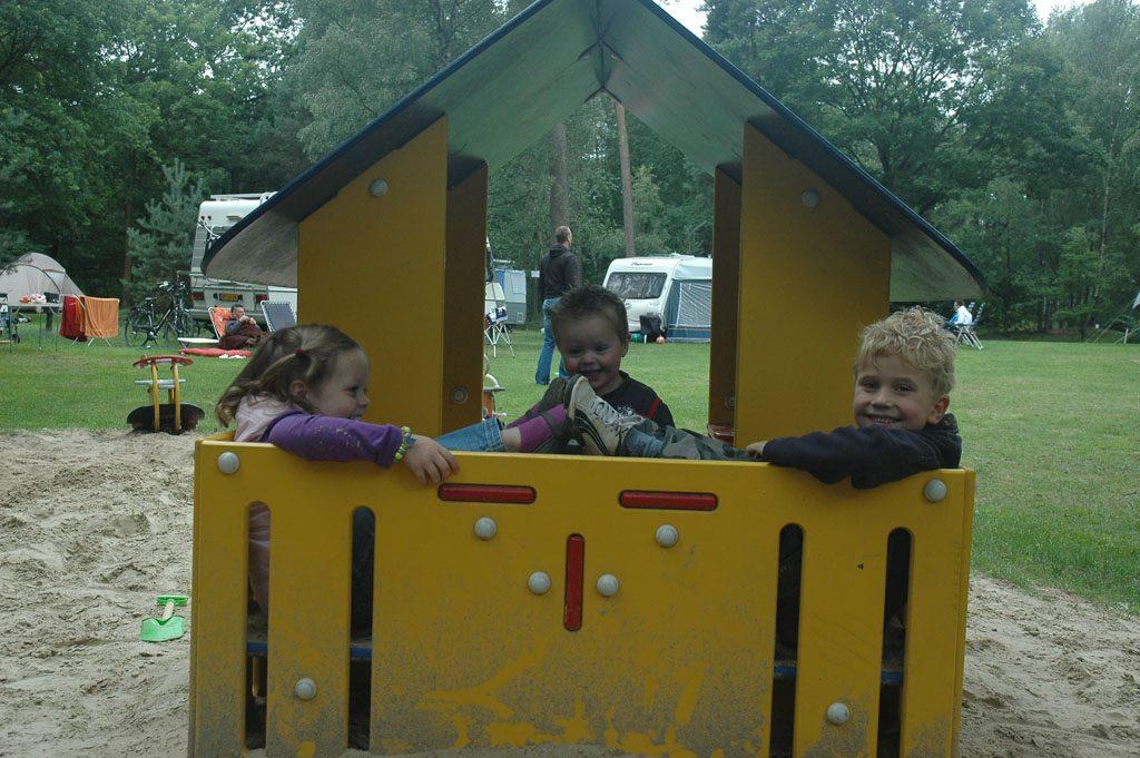 Een speeltuin op elk kampeerveld.