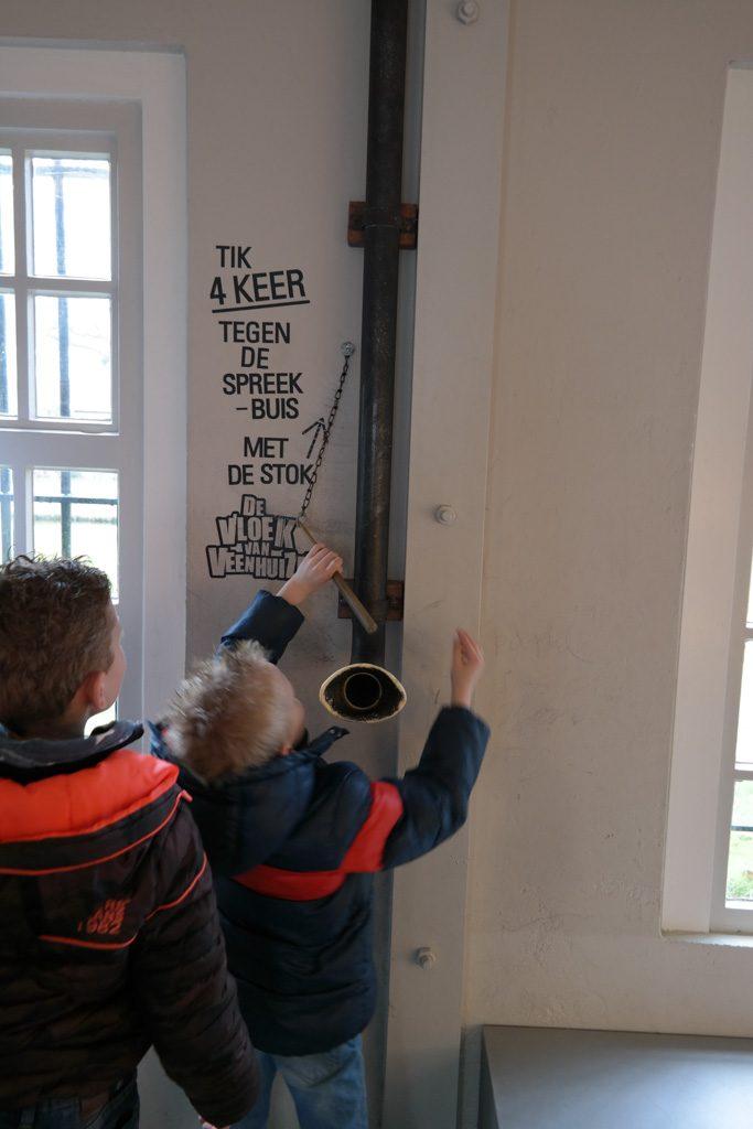 Speurtocht de Vloek van Veenhuizen is erg leuk voor kinderen.