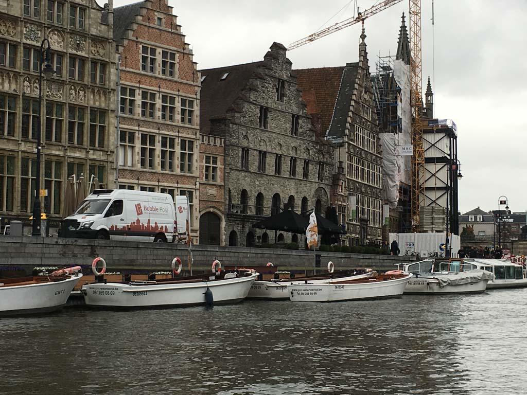 Zicht op Gent vanaf het water
