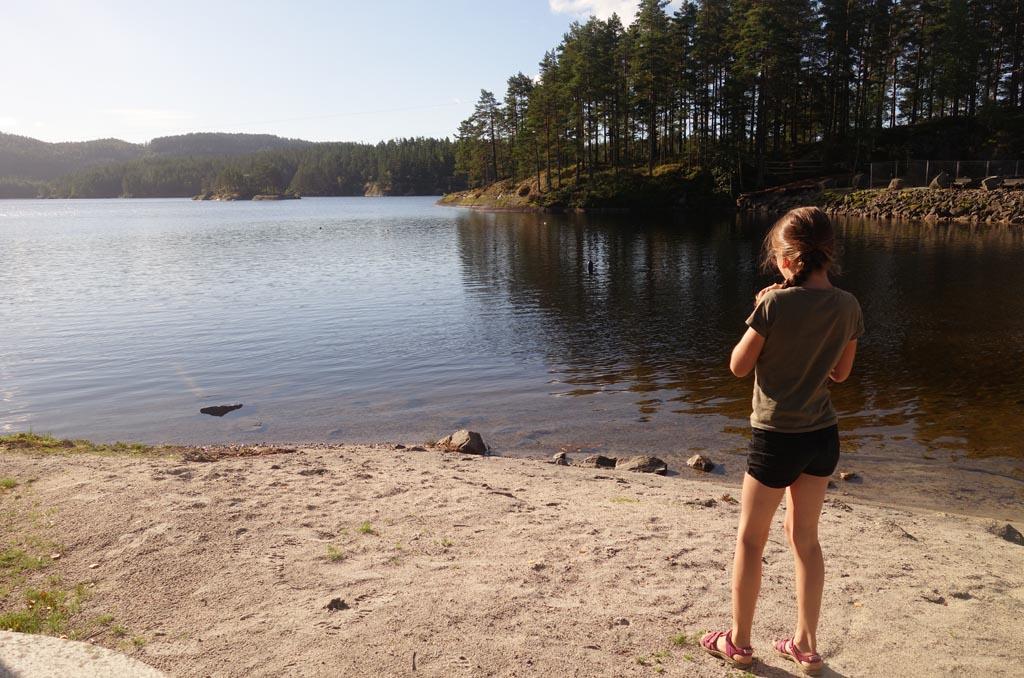 Relaxen aan de waterkant is ook fijn op vakantie.