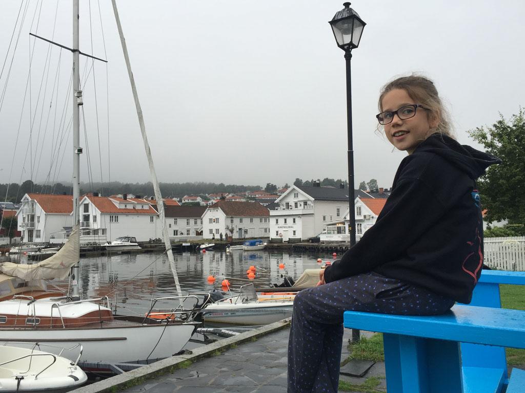 Lillesand is een mooi wit dorpje langs de kust.