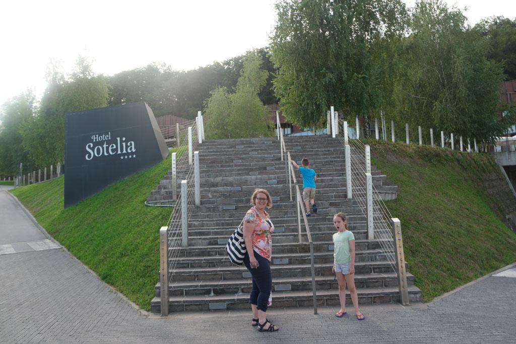 Op weg naar Hotel Sotelia.