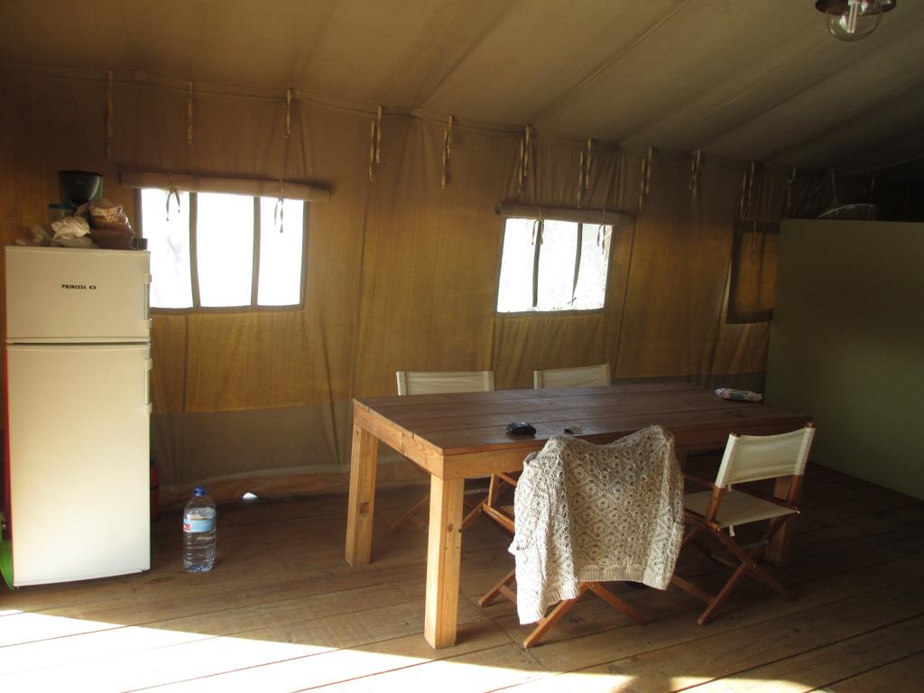 De Safari Lodge van binnen.