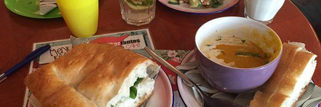 Lunchen met kinderen bij Het Suikertantes cafe in Amsterdam