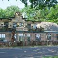 Ribhouse Texas ligt in Voorst aan de doorgaande provinciale weg.