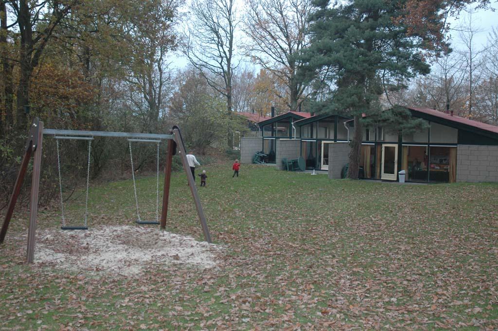 Kindvriendelijke vuurwerkvrije parken en accommodaties liggen vaak in het bos.