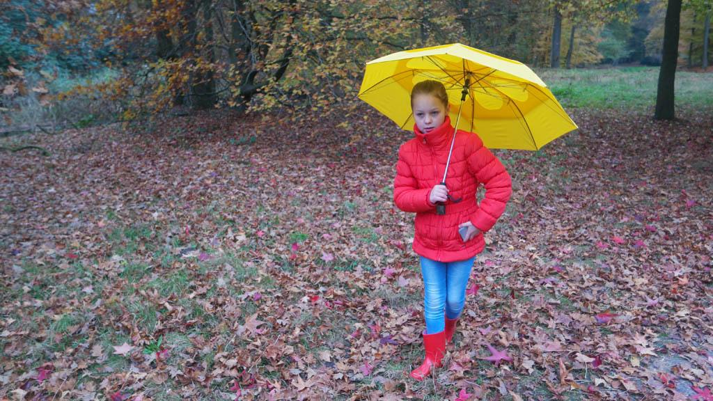 Maureen heeft mijn stormparaplu al ingepikt.