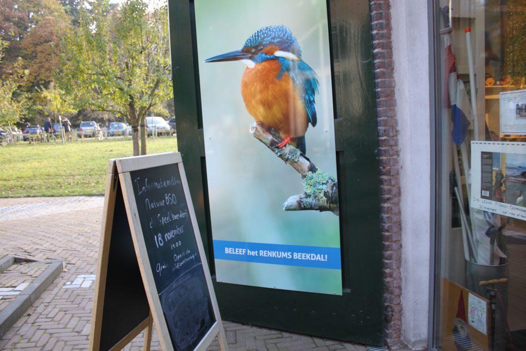 Na het wandelen in het Renkums Beekdal nemen we een kijkje in het informatiecentrum.