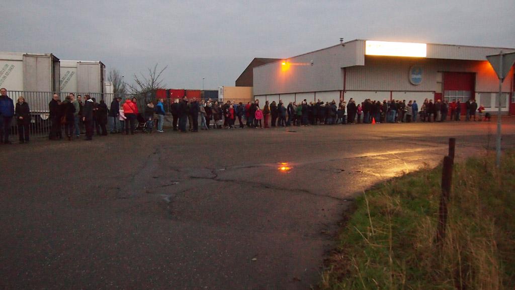 Wachten, wachten en wachten op de pendelbus in Kampen.