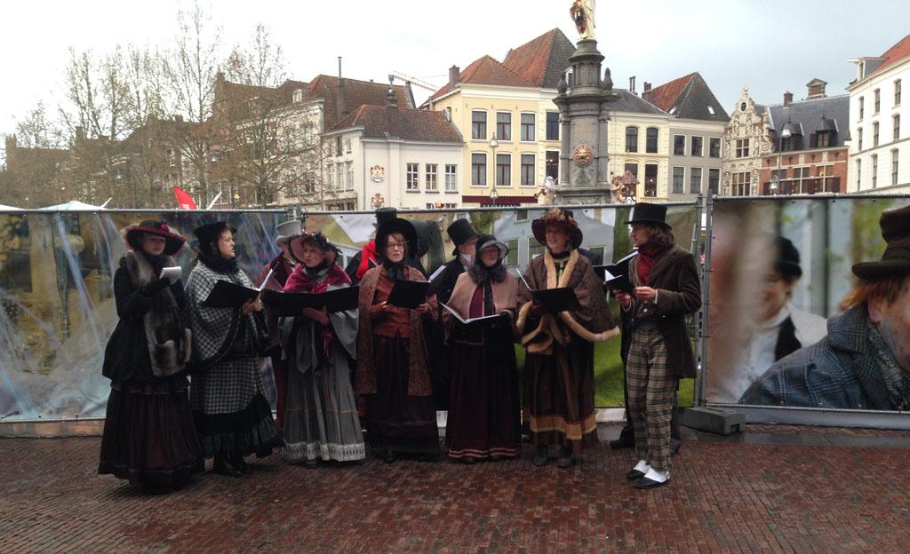Live muziek tijdens Dickens Festijn.