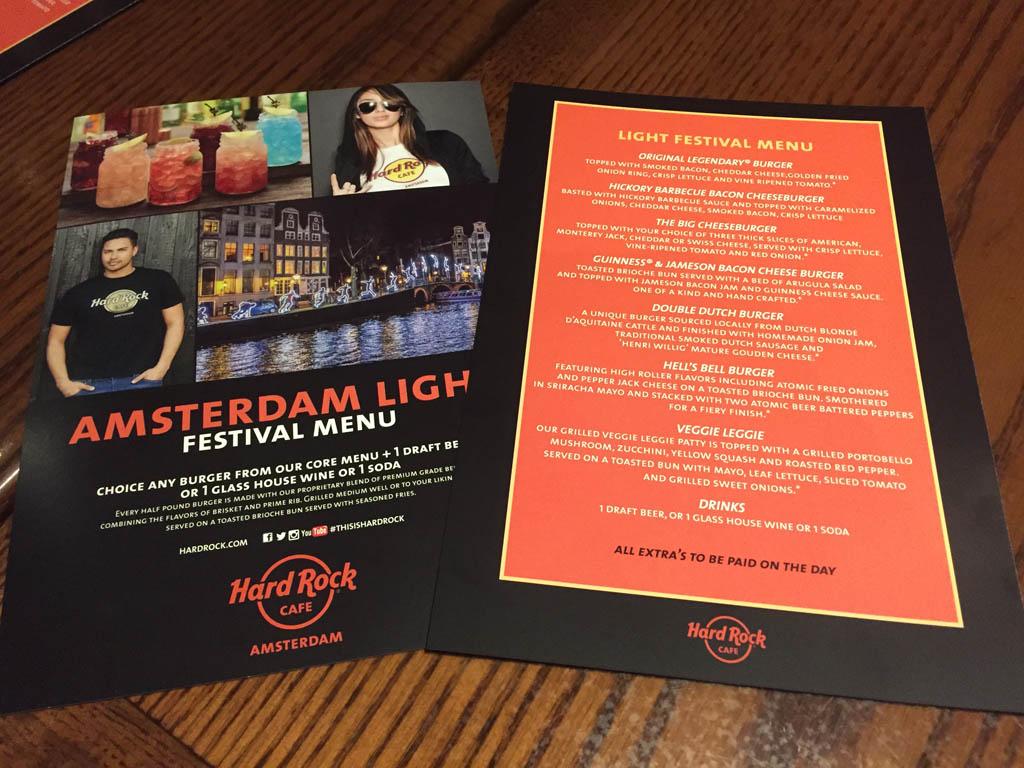 Speciale menukaart voor diegene die het arrangement hebben.