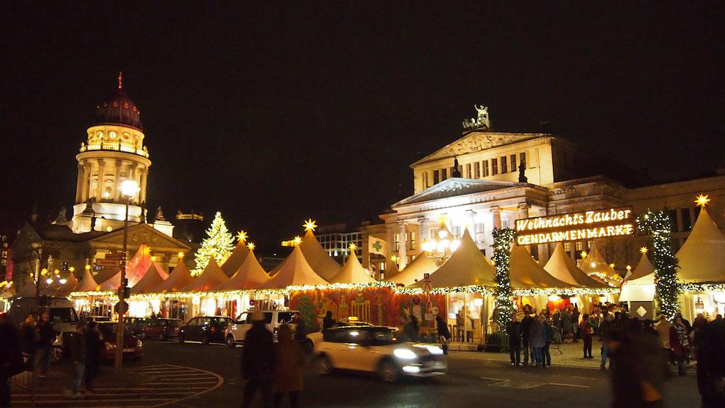 De kerstmarkt op de Gendarmenmarkt is vooral een aanrader zonder kids.